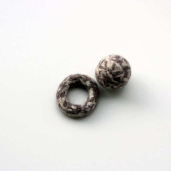 Set tweed ball & ring